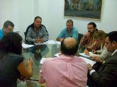 El alcalde y los grupos políticos municipales se reúnen para analizar la situación económico-financiera y la deuda municipal en la Comisión Especial de Cuentas