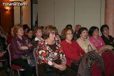 Amas de casa y consumidoras reciben una charla formativa sobre alimentos y zumos envasados - 3