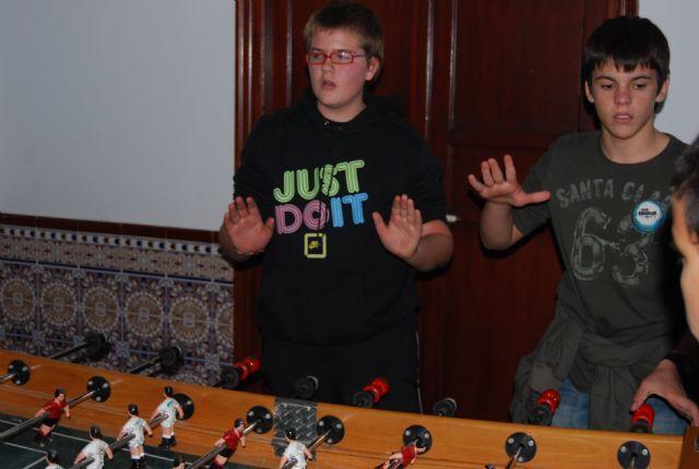 En el campeonato de futbolín organizado por REDES se entregaron varios premios, Foto 3