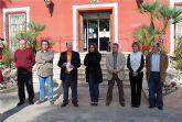 Concentraci�n silenciosa en la puerta del Consistorio en repulsa del asesinato terrorista de Ignacio Ur�a Mendiz�bal