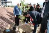 """Plantan 30 árboles autóctonos en la Ciudad Deportiva """"Sierra Espuña"""" para celebrar el 30 aniversario de la Constitución Española"""