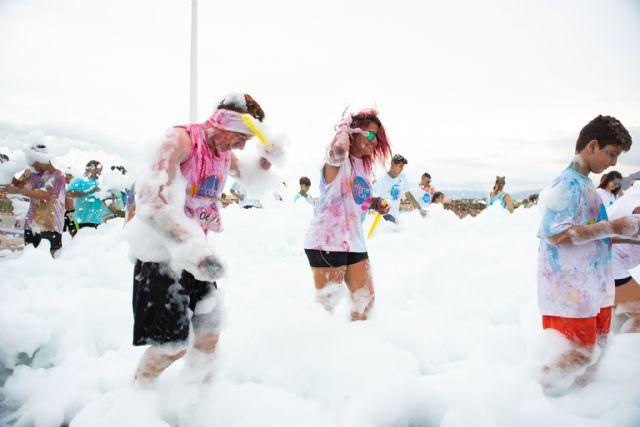 Más de 1.800 personas disfrutan con la Spume Run en Puerto de Mazarrón, Foto 4