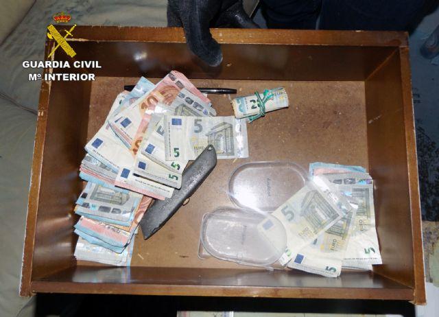 La Guardia Civil desmantela una experta organización criminal dedicada a la venta de múltiples sustancias estupefacientes en Puerto de Mazarrón - 2, Foto 2