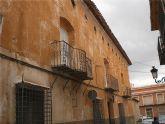 La Comunidad subvenciona el 75 por ciento de las obras de adecuación y restauración de las fachadas, cubiertas y medianeras de varios inmuebles de la calle Vidal Abarca y Mayor Triana