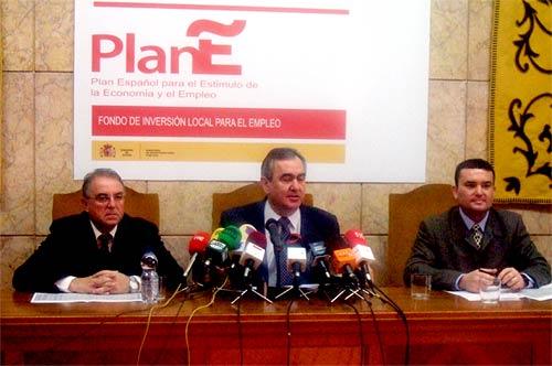Los ayuntamientos ya han solicitado 175,7 millones de euros para obras en las que contratarán a 6.300 trabajadores, Foto 1