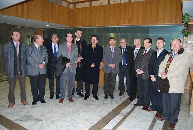El Plan de Infraestructuras Deportivas permitirá rehabilitar y ampliar las instalaciones de las pedanías de diez municipios, Foto 1