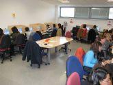 """El curso de """"Fotografia Digital"""" cuenta con la participación de un total de veinte personas"""