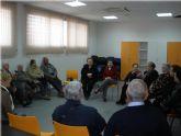 Los usuarios del Servicio de Estancias Diurnas para Alzheimer realizan una visita a la pedanía de El Paretón
