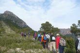 Más de una veintena de senderistas realizaron el pasado domingo la senda del Caracol