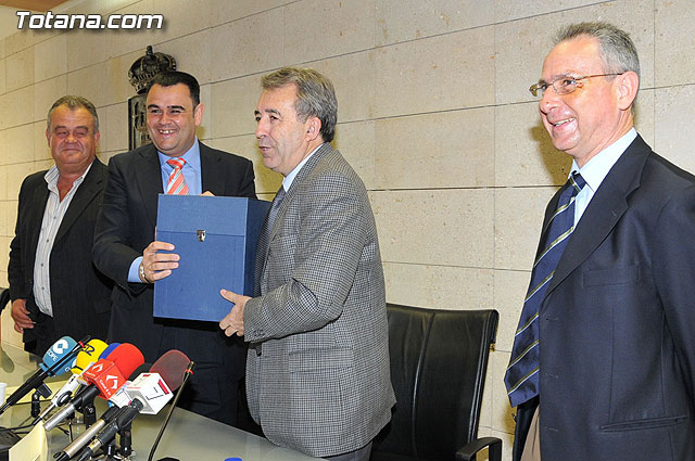Agriculture allocated 2.4 million euros in expanding the treatment capacity of the sewage of the tertiary system Totana, Foto 1