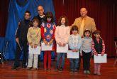 Durante la entrega de premios del IV Certamen de Pintura al aire libre para escolares se realiz� un espect�culo de magia