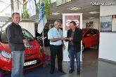 AEMCO hace entrega del coche sorteado en la I Feria de VPO - 12