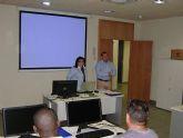 El Ayuntamiento inicia un curso de introducci�n a Windows para trabajadores en activo y aut�nomos