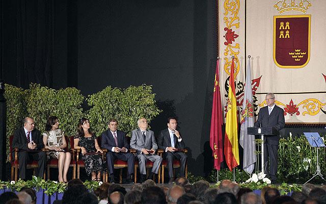 Valcárcel anuncia la creación de un Consejo Regional de Alcaldes, Foto 1