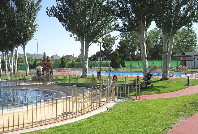Puerto lumbreras puerto lumbreras abre las piscinas for Piscina municipal puerto de la cruz