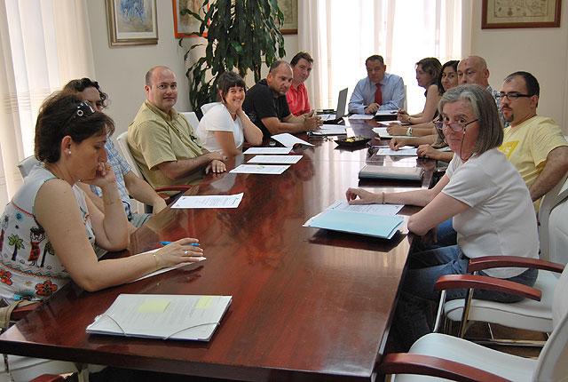 """Se celebra una reunión de seguimiento del Taller de Empleo """"Cerro del Castillo"""", Foto 1"""