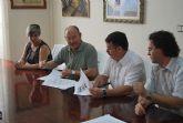 El Ayuntamiento de Alhama y la Asociaci�n de Comercio de la localidad firman un convenio de colaboraci�n