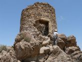 La Torre del Molinete en plena actuación de mejora
