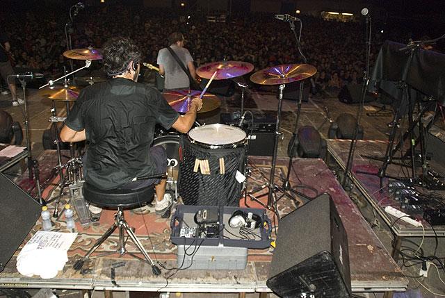 Discordia actuó en el campo de fútbol de San Juan de Alicante, Foto 3