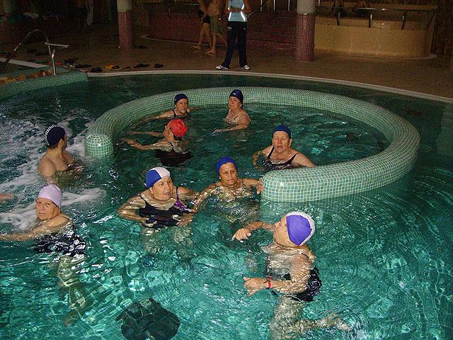 Continúa el programa de salidas y viajes durante los meses del verano 2009 para los socios del Centro Municipal de Personas Mayores de Totana, Foto 2