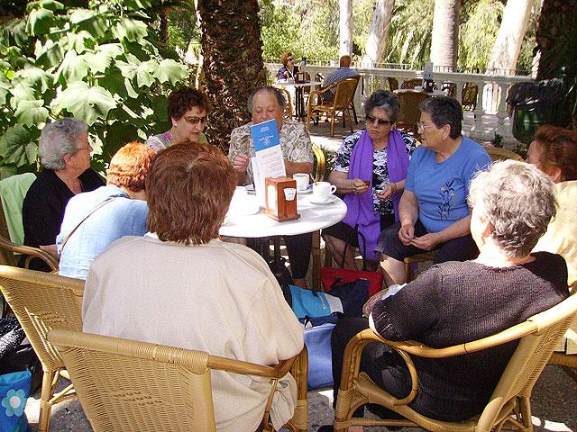 Continúa el programa de salidas y viajes durante los meses del verano 2009 para los socios del Centro Municipal de Personas Mayores de Totana, Foto 3