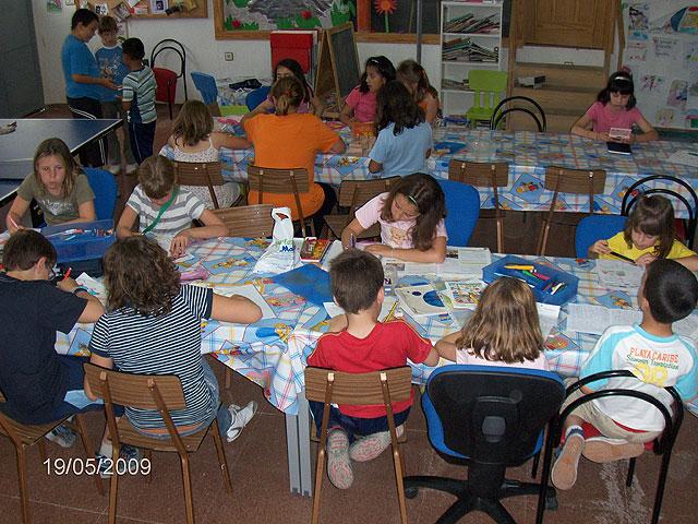 Más de 350 niños y jóvenes de Totana participan en el proyecto de dinamización social de barrios, Foto 3