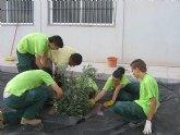 Los alumnos del Programa de Cualificación ProfesionalIinicial de Actividades Auxiliares en Viveros y Jardines realizan un descanso vacacional