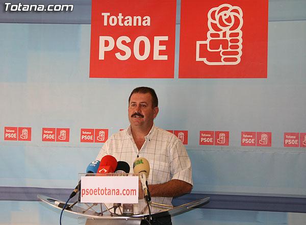 El PSOE afirma que el PP quiere manipular y controlar la denominación de origen Uvas de Espuña, Foto 1