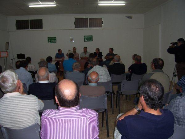 ASAJA Murcia respalda a los productores de uva dominga en su empeño por constituir una denominación de origen, Foto 1
