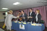 El alcalde entrega el carn� de voluntario de honor de Totana al consejero de Pol�tica Social, Mujer e Inmigraci�n, Joaqu�n Bascuñana - 14