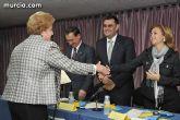 El alcalde entrega el carn� de voluntario de honor de Totana al consejero de Pol�tica Social, Mujer e Inmigraci�n, Joaqu�n Bascuñana - 21
