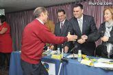 El alcalde entrega el carn� de voluntario de honor de Totana al consejero de Pol�tica Social, Mujer e Inmigraci�n, Joaqu�n Bascuñana - 22