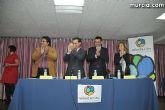 El alcalde entrega el carn� de voluntario de honor de Totana al consejero de Pol�tica Social, Mujer e Inmigraci�n, Joaqu�n Bascuñana - 43