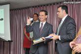 El alcalde entrega el carn� de voluntario de honor de Totana al consejero de Pol�tica Social, Mujer e Inmigraci�n, Joaqu�n Bascuñana - 55