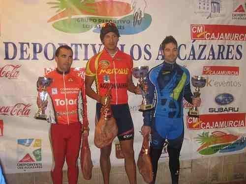 José Ángel Camacho confirma su excelente estado de forma y sube como tercero al podium en la carrera de Los Narejos, Foto 1