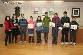 Entregan los premios del II concurso de carteles contra la violencia de género dirigido a los jóvenes de 12 a 18 años de los centros educativos