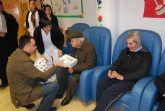 Autoridades municipales felicitan la pascua navideña a los usuarios del Servicio de Estancias Diurnas del centro de Alzheimer - 3