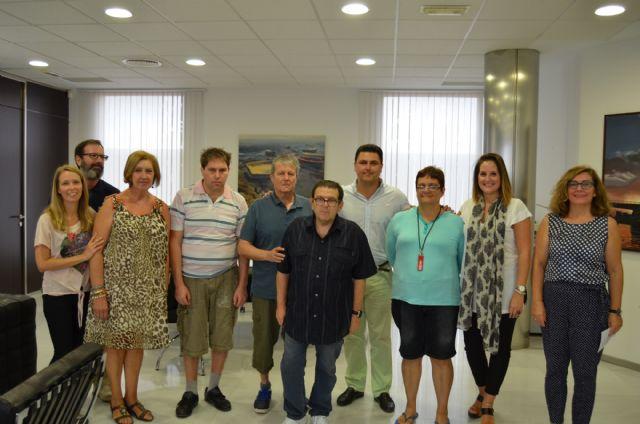 Un convenio con el Ayuntamiento de San Javier  permite a AFEMAR mantener sus talleres ocupacionales de cerámica y deporte - 2, Foto 2