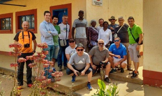 Vecinos de la comarca del Guadalentín rinden cuentas del viaje solidario a Namibia y Sudáfrica, Foto 2