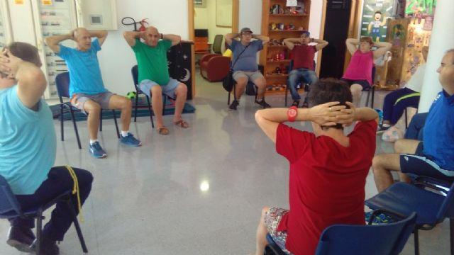 La Concejalía de Deportes pone en marcha un programa de Gimnasia para Discapacitados, en el Centro de Día para Personas con Enfermedad Mental - 2, Foto 2