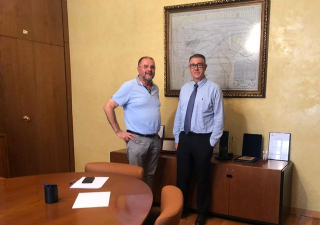 The mayor meets with the president of the Segura Hydrographic Confederation (CHS), Foto 1