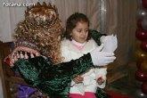 Cientos de niños y niñas acompañados por sus padres entregaron sus cartas repletas de desesos e ilusiones a los Reyes Magos