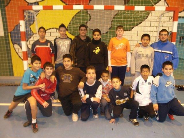 La concejalía de Deportes organizó la fase local de los deportes de equipo de Deporte Escolar, Foto 3