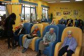 """Los más de 90 usuarios de la Residencia """"La Purísima"""" reciben la visita del consejero de Política Social - 2"""