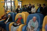 """Los más de 90 usuarios de la Residencia """"La Purísima"""" reciben la visita del consejero de Política Social - 9"""