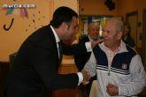 """Los más de 90 usuarios de la Residencia """"La Purísima"""" reciben la visita del consejero de Política Social - 14"""