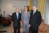 El alcalde del Ayuntamiento de Alhama mantiene su primera reuni�n como tal con el delegado del Gobierno