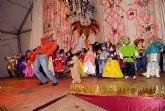 Los pequeños celebran el carnaval con una gala multitudinaria