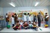 El alumnado del centro ocupacional expone sus trabajos de pintura y cerámica