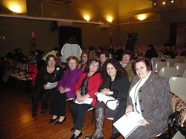 Councilwoman Women and Equal Opportunities attending a storytelling equality - 2